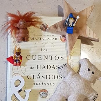 CUENTOS DE HADAS CLÁSICOS ANTOTADOS