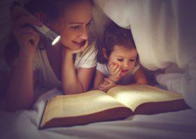 Leer-cuentos-a-los-niños-antes-de-dormir-e1491812064948.jpg