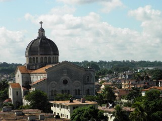 Iglesia-de-Jesus-en-Miramar-La-Habana.jpg