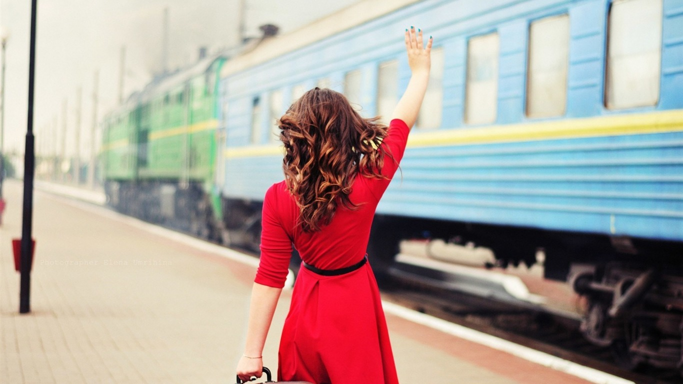 girl_red_dress_train-High_quality_wallpaper_1366x768
