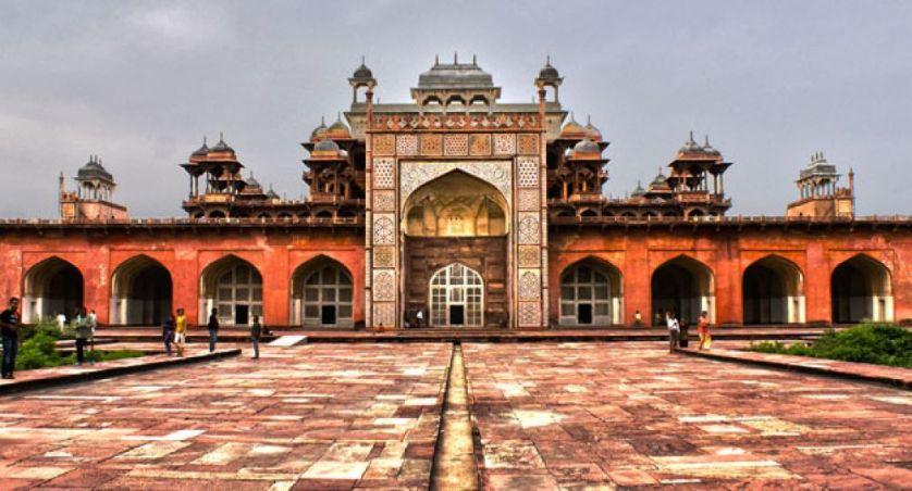 mausoleo-akbar-sikandra-portada